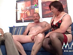 Amateur German mature sucking dick