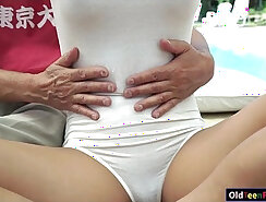 Blonde surfers slit and pussy