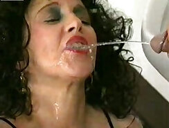 Asian mature filth with gentle eyes is peeing heavily