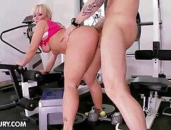 Busty Sexploitress Tracy Diamond Fucks Trainer