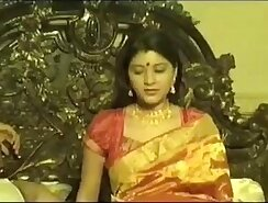 Amateur Indian Couple Have an Eaten Out