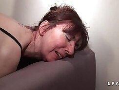 Amateur mature wife fucked on casting director version of Linda Valentine porn