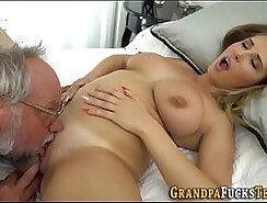 Big backduddy slut Vegas Maggie Ricci gets slammed from behind